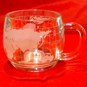 World globe mug excellent vintage condition